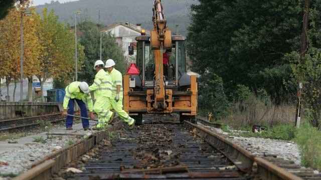 Resultado de imagem para Os Verdes Lamentam Opção do Governo em Implementar o MetroBus no Ramal da Lousã, em Vez de uma Solução Ferroviária