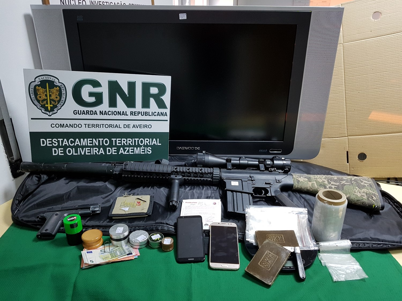 Resultado de imagem para Detido na posse de 390 doses de haxixe em Oliveira de Azeméis